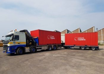 Transport zeecontainers Clini Clowns