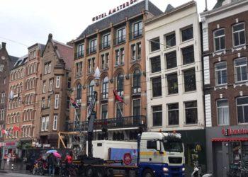 Autolaadkraan Hotel Amsterdam