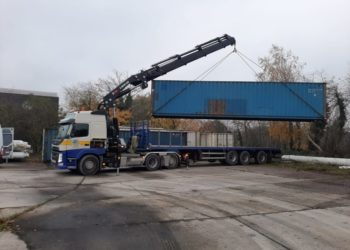 40 ft Container Transport met autolaadkraan