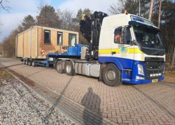 Semi dieplader transport tiny house